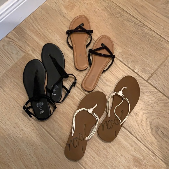 Lot of flat fashion Sandals: Roxy, H & M and Soda